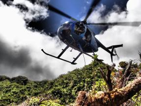 The team being picked up in Hono O Na Pali NAR. Photo by Andre Raine